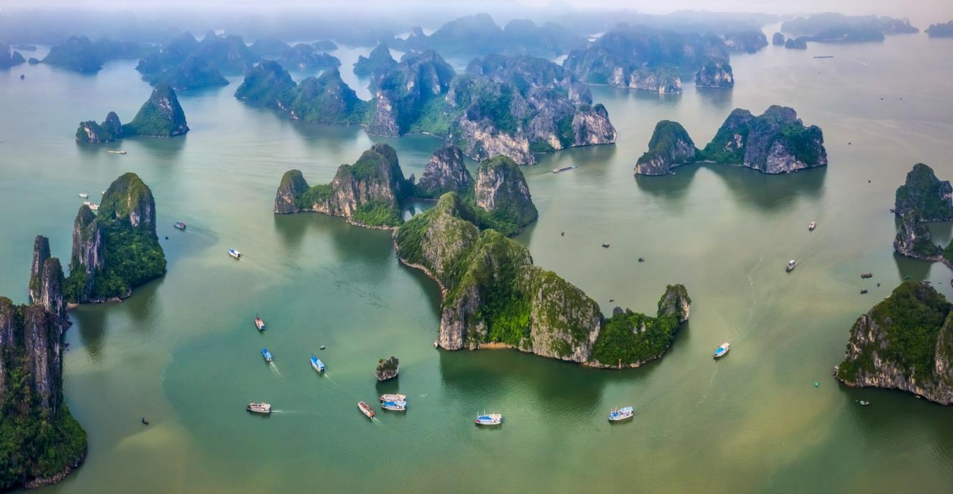 Làng chài Ba Hang và vịnh Bái Tử Long
