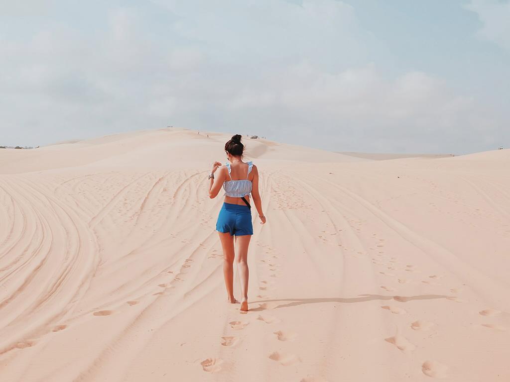 Thời điểm lý tưởng để dạo bước ngắm đồi cát