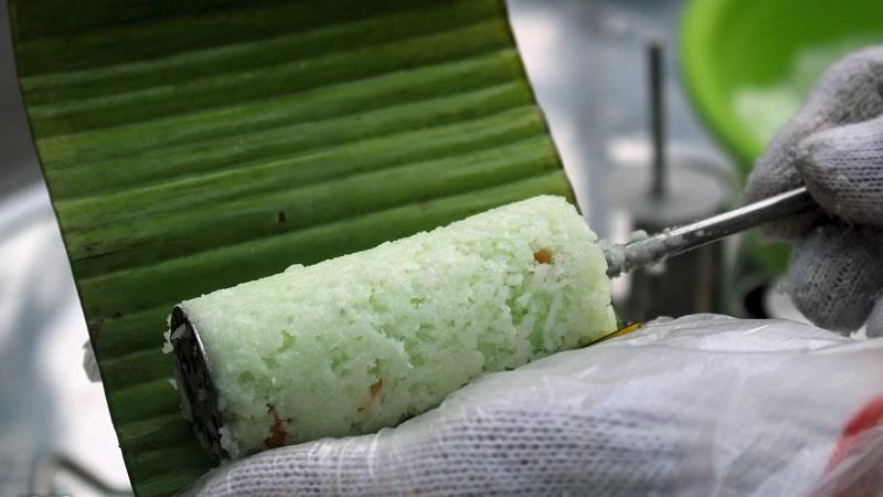 Bánh ống lá dứa