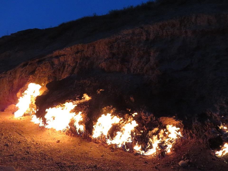 Sự thật về ngọn lủa cháy suốt 4.000 năm