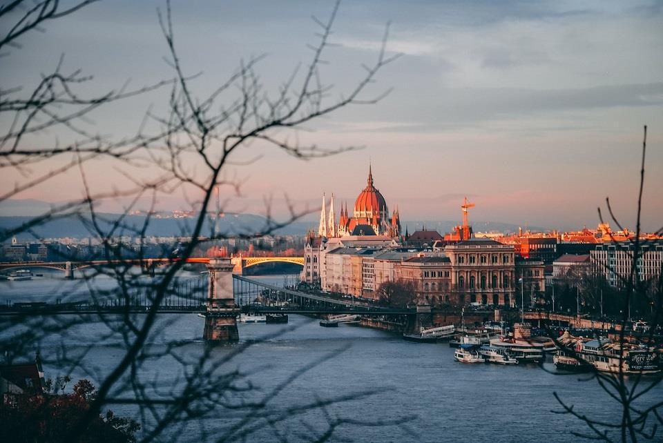 6. Budapest (Hungary) – viên ngọc xanh của dòng Danube
