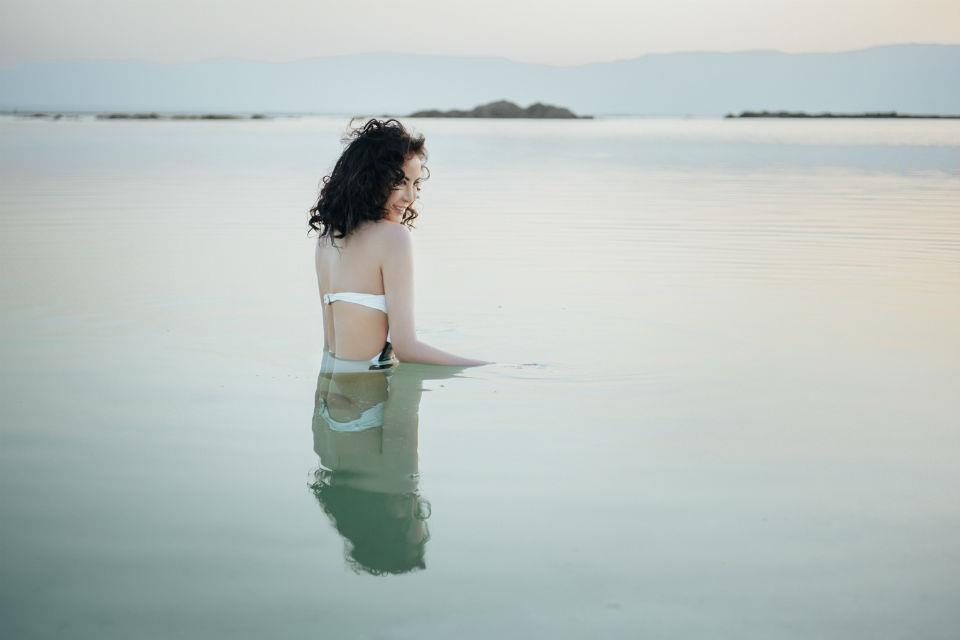 Thư giãn hoàn toàn ở biển Chết