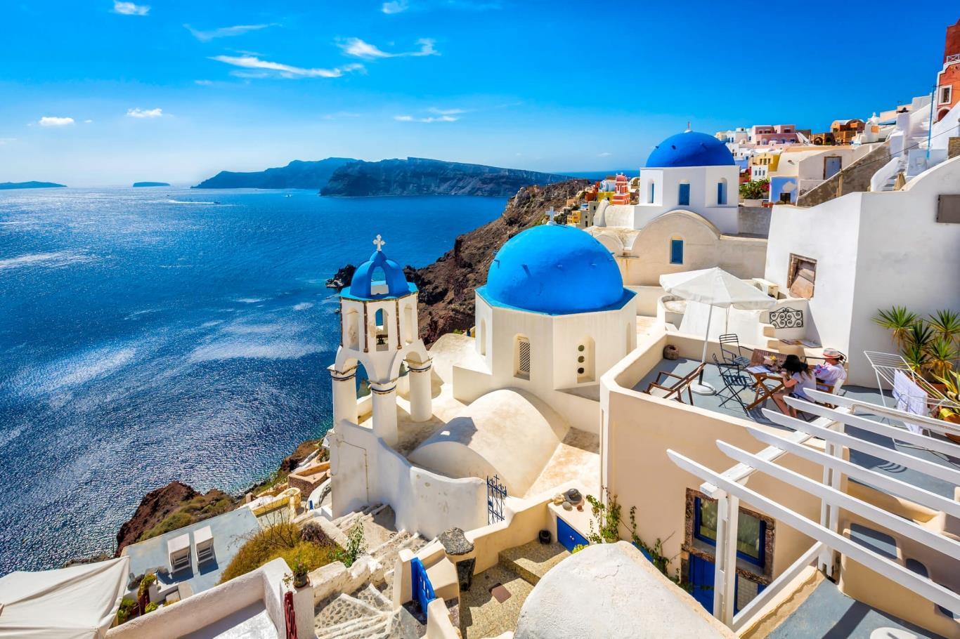 6. Đảo Santorini, Hy Lạp
