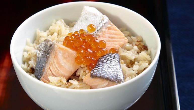 Harako meshi: Cơm cá hồi và trứng cá