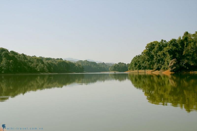 Đến Điện Biên đừng quên ghé thăm hồ Pá Khoang
