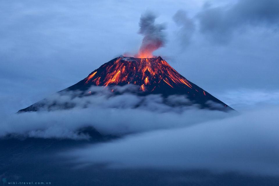 Những núi lửa làm bao du khách phải say mê