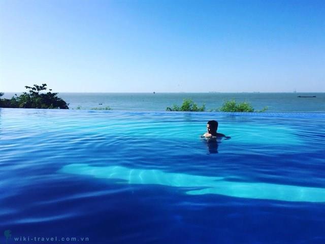 Cận cảnh hồ bơi view ngắm biển đẹp nhất Vũng Tàu